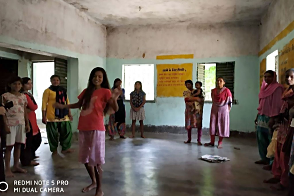 girls in jharkhand on issues of sexual reproductive health rights